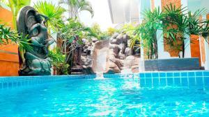 JOOP LAND Luxury Tropical Vill..