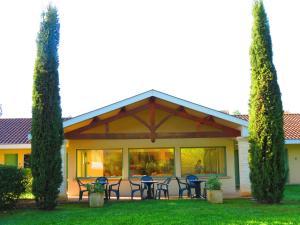 Location gîte, chambres d'hotes Abbys Hotel dans le département Dordogne 24