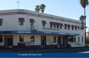 Parkes Hotel
