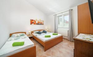 Apartments Markunović