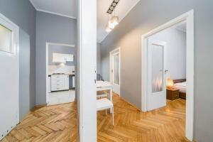 Cracow Old Town Apartment