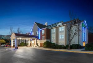 Holiday Inn Express Alpharetta..