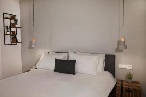 Central Comfy Modern Flat 2 bedrooms 2 bathrooms
