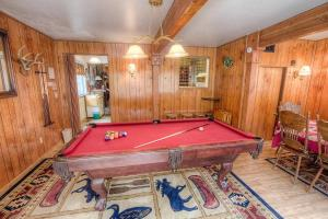 Bambis Bunkhouse by Lake Tahoe Accommodations - Hotel - South Lake Tahoe