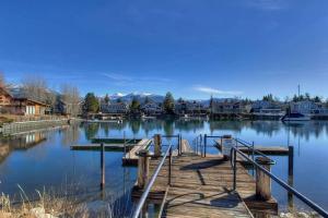 Beach Drive Beauty by Lake Tahoe Accommodations - Hotel - South Lake Tahoe