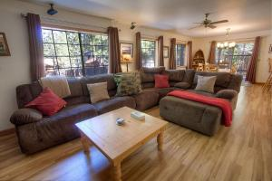 Bear Country by Lake Tahoe Accommodations - Hotel - South Lake Tahoe
