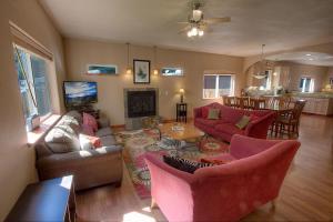 Alpine Haus Tahoe by Lake Tahoe Accommodations - Hotel - South Lake Tahoe