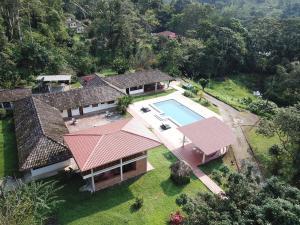 Jungle Lodge El Jardin Aleman