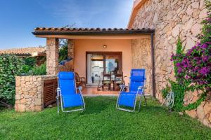 Apartment with 3 bedrooms in San Teodoro with wonderful sea view and furnished garden 200 m from the beach