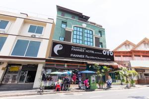 OYO 483 Pannee Hotel Khaosan