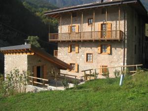 Maso Arlanch 8 - Apartment - Vallarsa