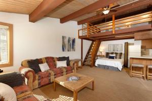Aspenwood Studio with Loft- J12 - Apartment - Snowmass Village