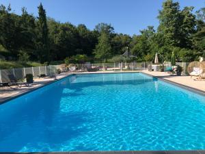 Location gîte, chambres d'hotes La Cardinale dans le département Ardèche 7