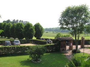 Residence La Bellotta, Ferienwohnungen  Oleggio - big - 24
