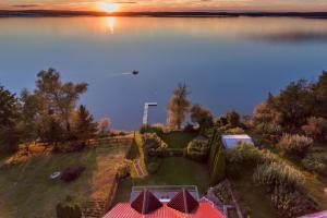 Ferienhaus Malgosia direkt am See