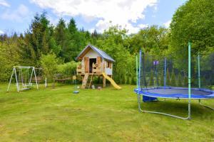 Dom z dużym ogrodem na wyłączność