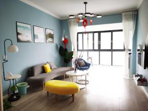 Manxuan Apartment (East River Lake 180 Degree River View Room), Apartmány - Zixing