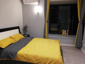 Manxuan Apartment (East River Lake 180 Degree River View Room), Apartmány  Zixing - big - 5