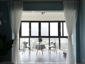 Manxuan Apartment (East River Lake 180 Degree River View Room), Apartmány  Zixing - big - 7