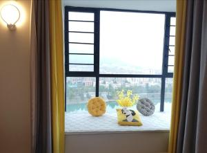 Manxuan Apartment (East River Lake 180 Degree River View Room), Apartmány  Zixing - big - 16