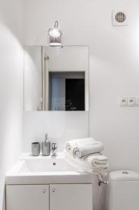 Smart Rental Management Św Barbara Apartment