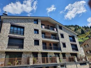 Apartamentos Grifo Vacances Julia - Apartment - El Tarter