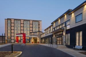 TownePlace Suites by Marriott Oshawa - Hotel
