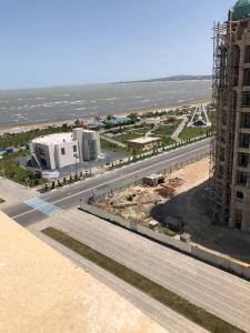 Sumgait Boulevard New Apartment- Sumqayıt Bulvar Ərazisində Yeni tikili bina son mərtəbədə kirayə ev