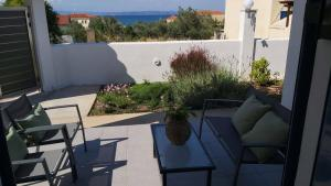 Marko's Cosy Apartment Agistri Greece