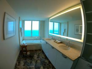 Hilton Fort Lauderdale Beach Resort (16 of 55)