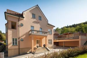 Villa Marion - Apartment - Luhačovice