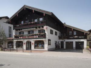 Dorfhäusl - Hotel - Inzell