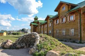 Отель Подворье ЭТНОМИР, Петрово