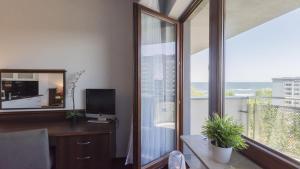 Apartamenty Arka Medical Spa Z widokiem na morze i Kuchnią
