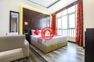 . OYO 333 Shh Hotel