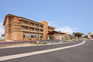 Holiday Inn Express Hotel & Suites Ventura Harbor, an IHG Hotel