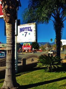 obrázek - Downtown Motel 7