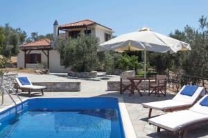 Accommodation in Lailias