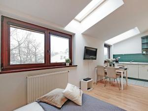Studio Sobieski Apartment 5 min from Monte Cassino