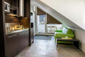 Apartma Mic ***