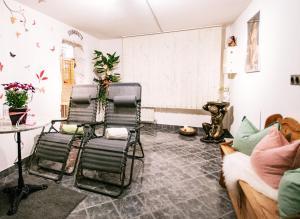 Haus Wulfenia - Accommodation - Neustift im Stubaital