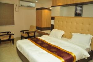 Hotel Adithya prince International