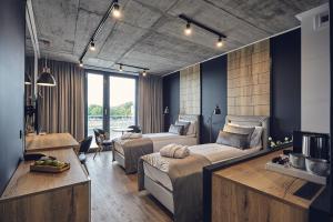 The Bridge Suites