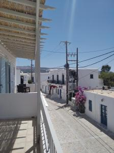 MARGARITA STUDIOS Antiparos Greece