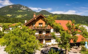 Rooms Pevc & Hostel Ljubno ob Savinji