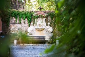 Sales Rome Trastevere Home - abcRoma.com