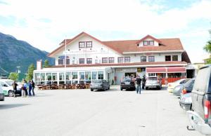 HOTELLMILANO AS - Hotel - Mosjøen