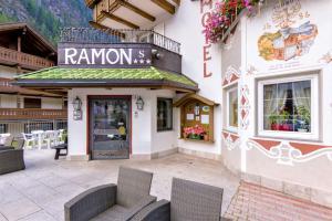 Hotel Ramon