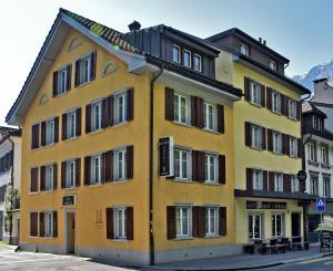 Hotel Freihof - Glarus