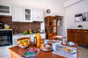 Casa De Curtis Sorrento - AbcAlberghi.com